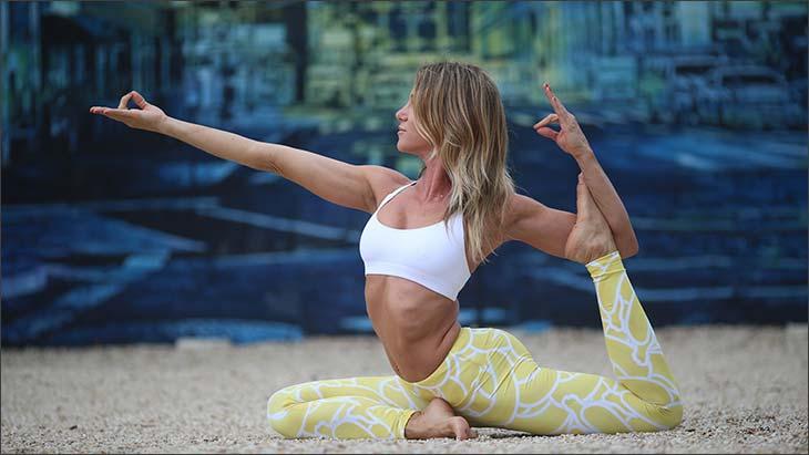 Гид по йоге для начинающих: лучшие упражнения для дома