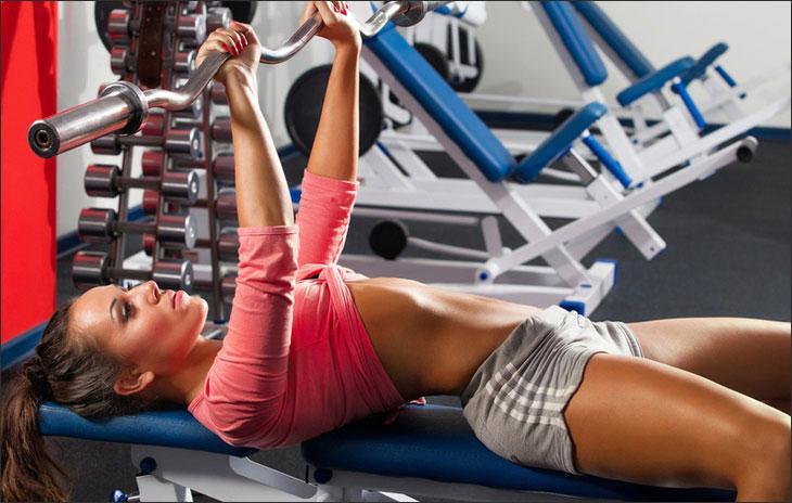 Можно ли ходить на фитнес при месячных 5