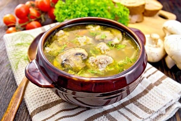 суп с куриными тефтелями